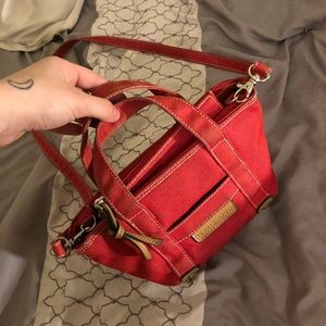 Small Tommy Hilfiger purse